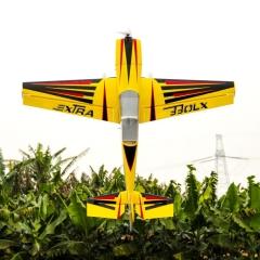 Pilot-Rc-extra330lx-92-11
