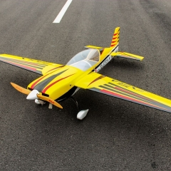 Pilot-Rc-extra330lx-92-7